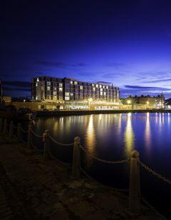 Apex City Quay Hotel