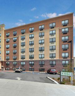 Holiday Inn Jamaica Queens JFK Arpt