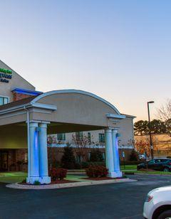 Holiday Inn Express & Suites Kinston