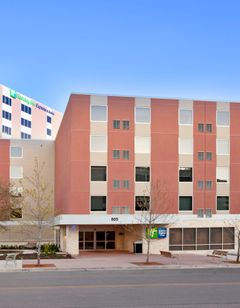 Holiday Inn Express & Sts Downtown Univ