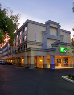 Holiday Inn Express Sacramento Conv Ctr