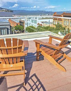 Suites at Fisherman's Wharf