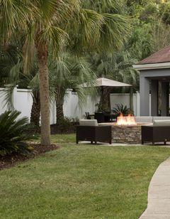 Courtyard Pensacola