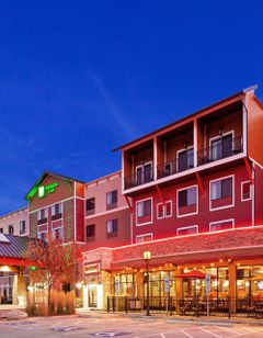 Holiday Inn & Suites Durango Central