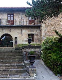 Pamplona El Toro Hotel & Spa