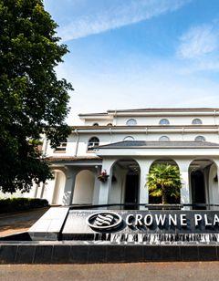 Crowne Plaza Gerrards Cross Hotel