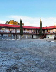 OYO Hotel Alpine TX near University
