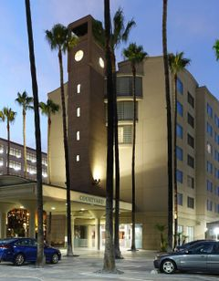 Courtyard by Marriott Los Angeles LAX