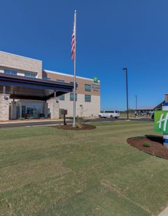 Holiday Inn Express & Suites Union City