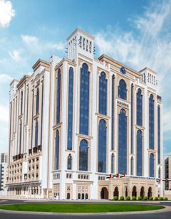 Al Jaddaf Rotana Suite Hotel