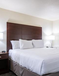 Cobblestone Inn & Suites - Pine Bluffs