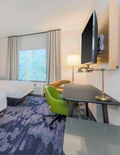 Fairfield Inn & Suites Cape Coral