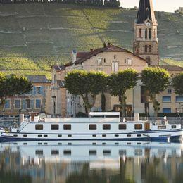 Belmond Napoleon Cruise Schedule + Sailings
