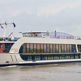 AmaWaterways AmaViola Vienna Cruises