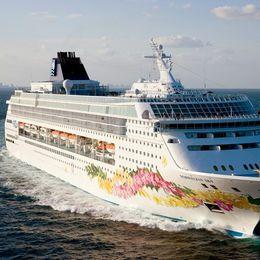 Norwegian Cruise Line Norwegian Sky Miami Cruises