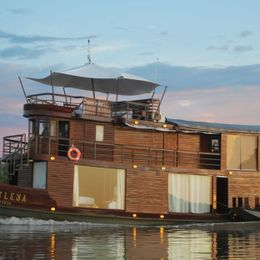 Ucamara Amazon Expeditions Cruises & Ships