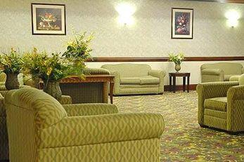 Moraine Inn & Suites Morain