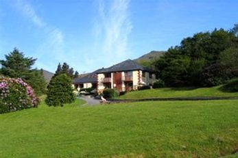 Kylemore Pass Hotel