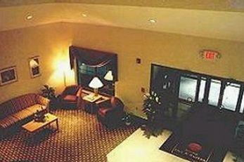 Syracuse Inn & Suites