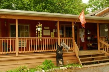 Valley Brook Inn & Cottages