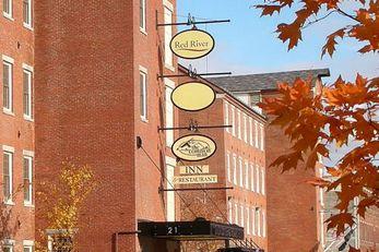 Common Man Inn & Restaurant