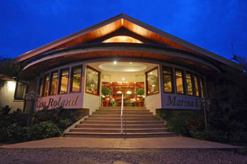 Casa Roland Marina Resort