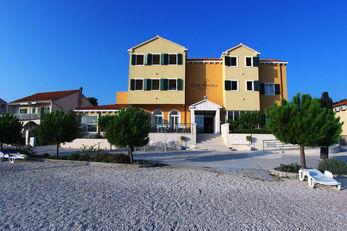 Spongiola Hotel