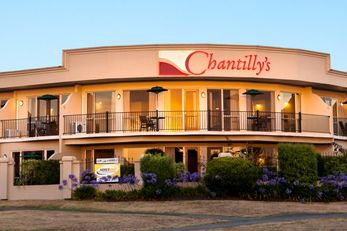 Chantilly's Motor Lodge, Lake Taupo