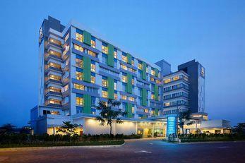 BATIQA Hotel & Apartments - Karawang