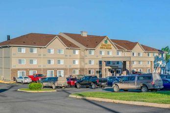 Quality Inn & Suites Bathurst