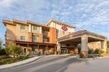 The Oaks Hotel & Suites, an Ascend Hotel