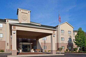 Baymont Inn & Suites Portage