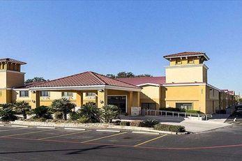 SureStay Plus Hotel by BW San Antonio N