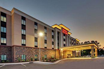Hampton Inn & Suites by Hilton Southport