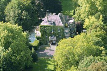 Belle-Isle-sur-Risle Manor