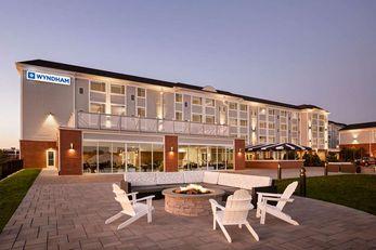 Wyndham Newport Hotel at Atlantic Resort
