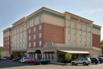 Drury Inn & Suites St Louis Forest Park