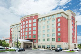 Drury Inn & Suites Fort Myers