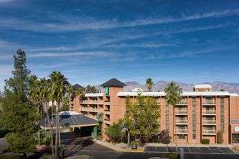 Embassy Suites by Hilton Tucson East