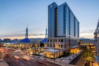 Hyatt Regency at the Oregon Conv Center