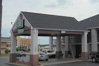 GuestHouse Inn Clarksville