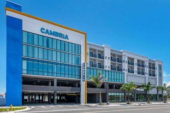 Cambria Hotel Madeira Beach Marina