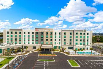 Hilton Garden Inn Convention Center