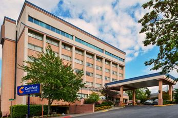 Comfort Inn & Suites Downtown Tacoma