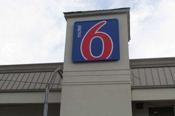 Motel 6 Brookhaven MS