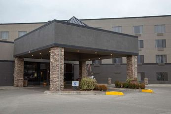 Hells Canyon Grand Hotel, Ascend Coll