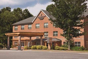 Country Inn & Suites Newnan