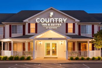 Country Inn & Suites Nevada
