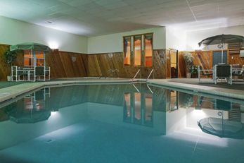 Country Inn & Suites Sparta