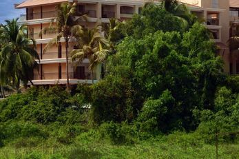 Golden Tulip Goa Candolim Resort